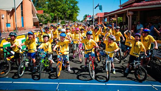 children on bikes in prospect