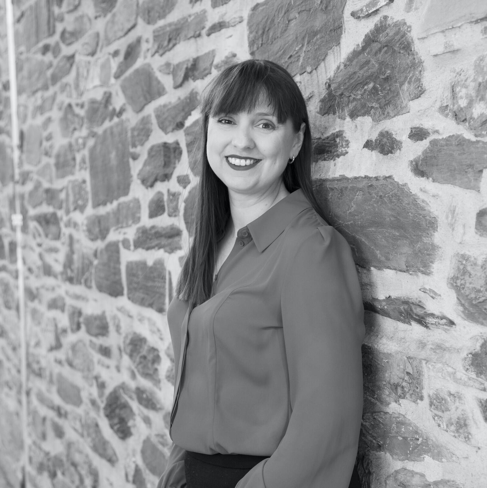 julie wrobel director of branding agency algo mas